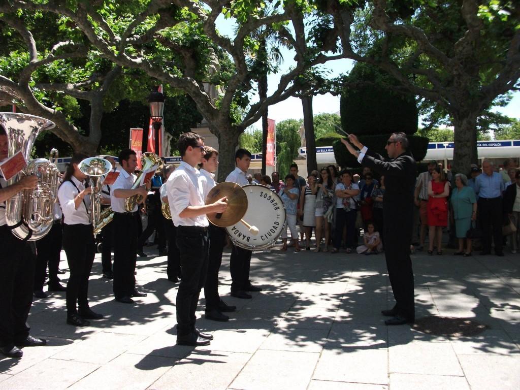 Banda Ciudad de Burgos Corpus 2015 (27)